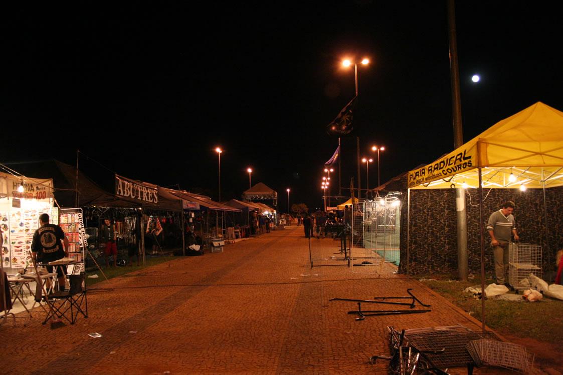 BSB (21jul05) 2MotoCapital a noite 010