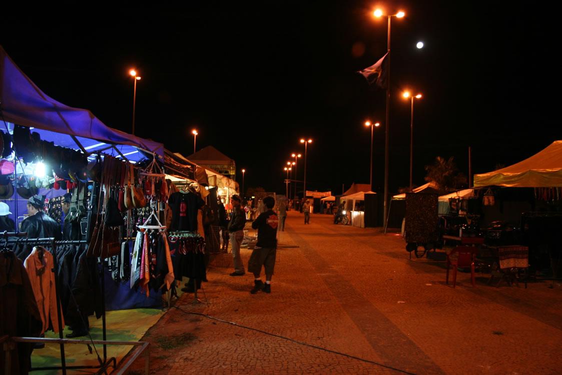 BSB (21jul05) 2MotoCapital a noite 017