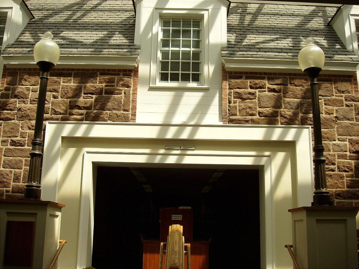 NEWINGTON - LUCY ROBBINS WELLES LIBRARY - 22.jpg