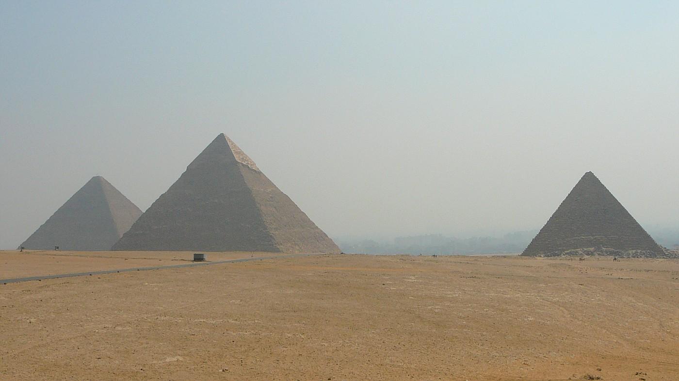 L-->R...Great, Khafre, Menkaure Pyramids