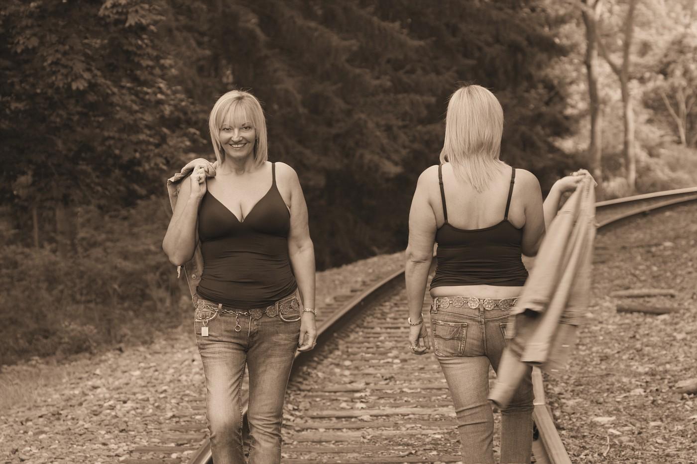 IMG 5175 Tracks Sepia