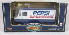 GoldenWheels-Pepsi-Step-Van 54401-