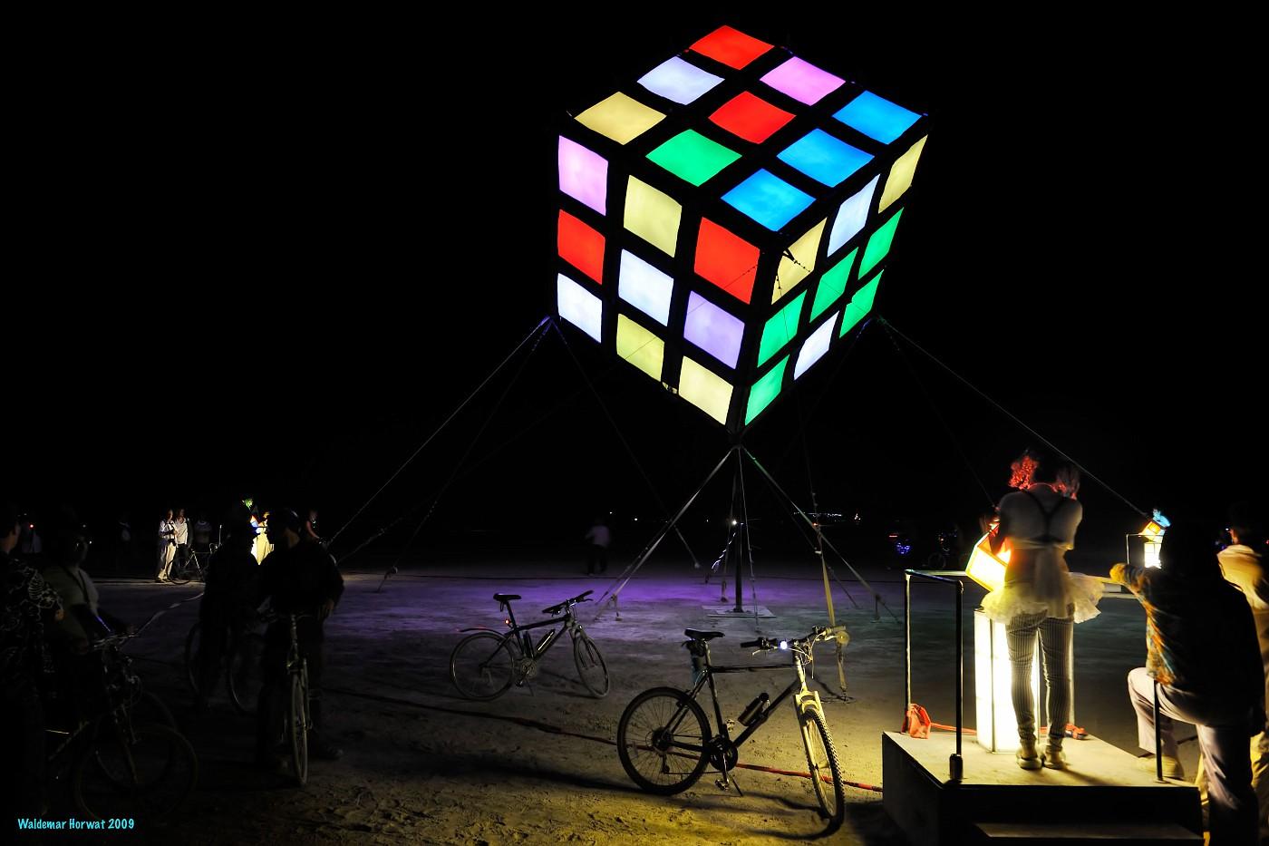 Solving Groovik's Cube