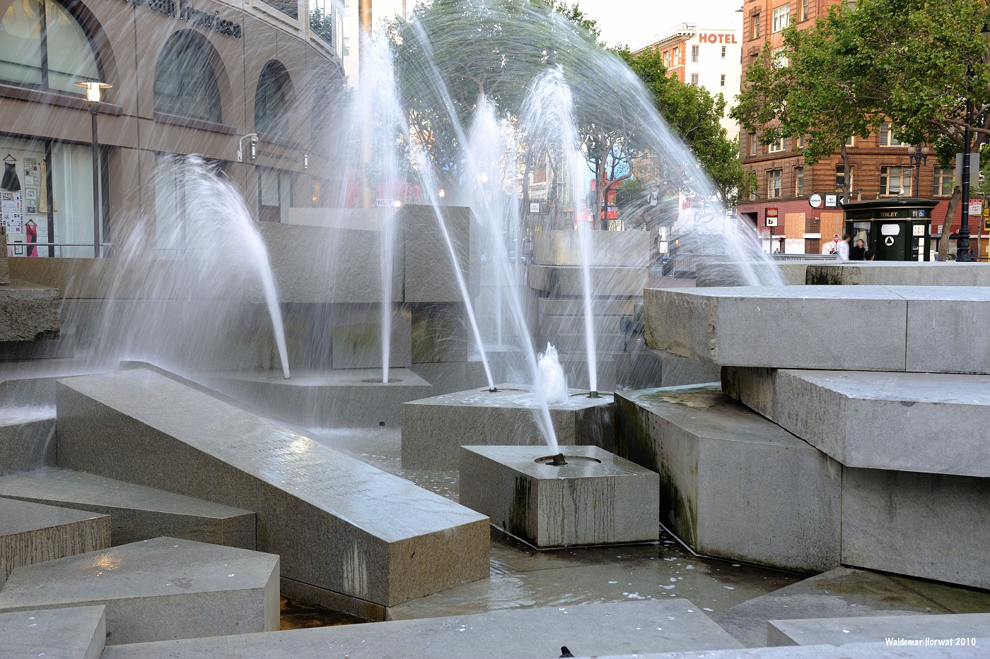 UN Plaza Fountain