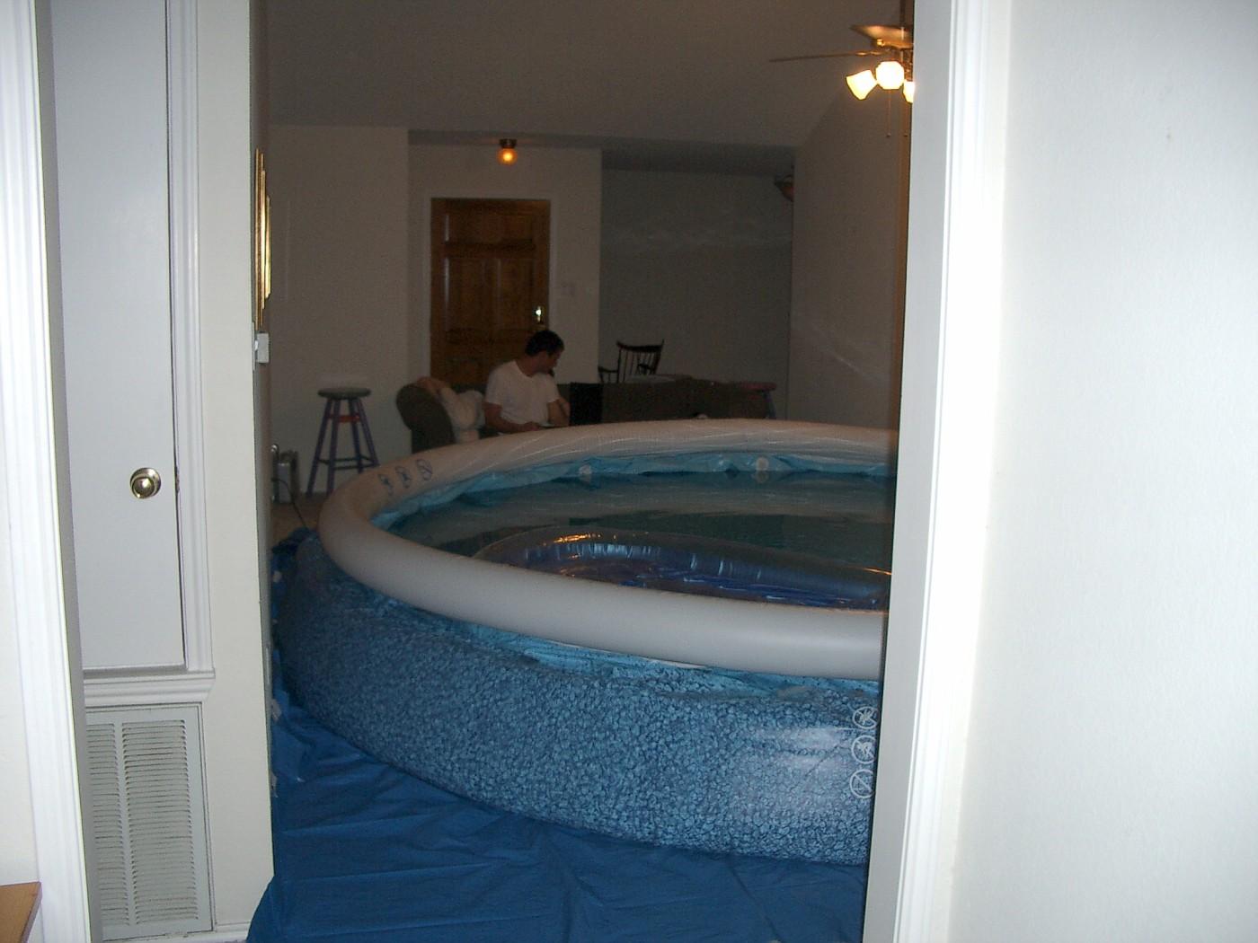pool 036