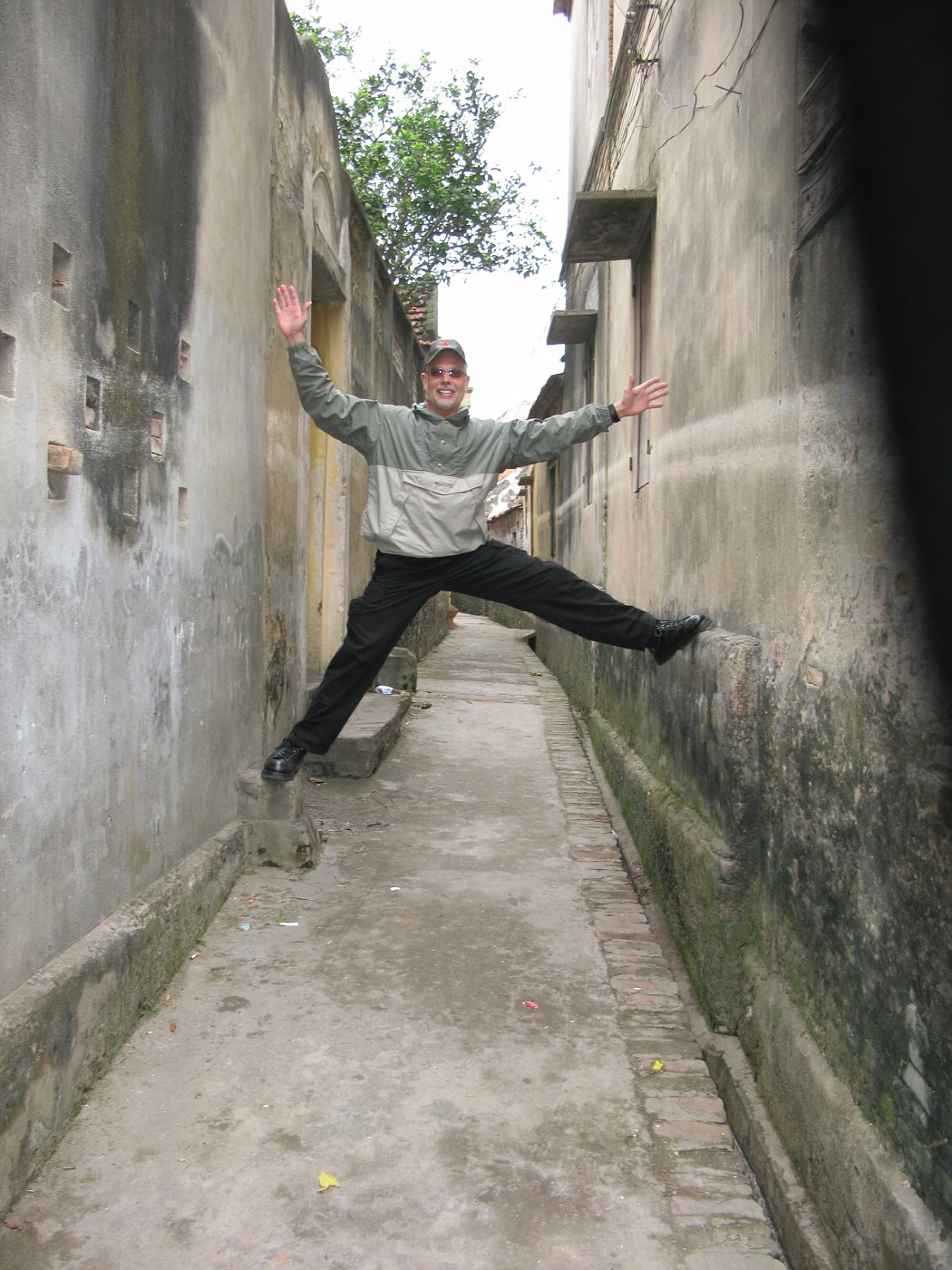 Hanoi Happiness!!!  Peace!!! (144)