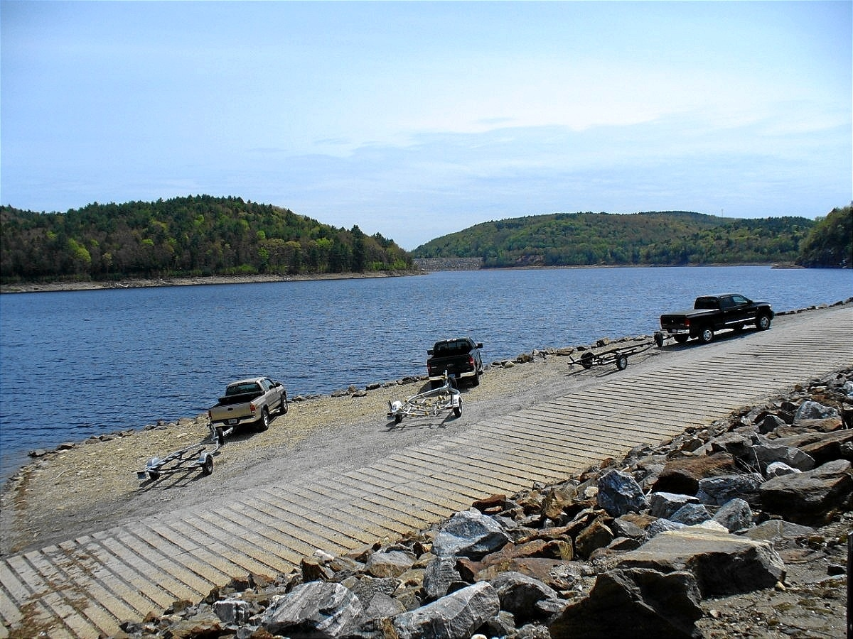 NORTH COLEBROOK - COLEBROOK RIVER RESERVOIR - BOAT RAMP