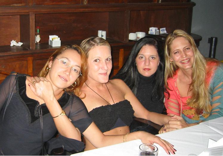 Marcia, Silvia, Adriana y Nuria