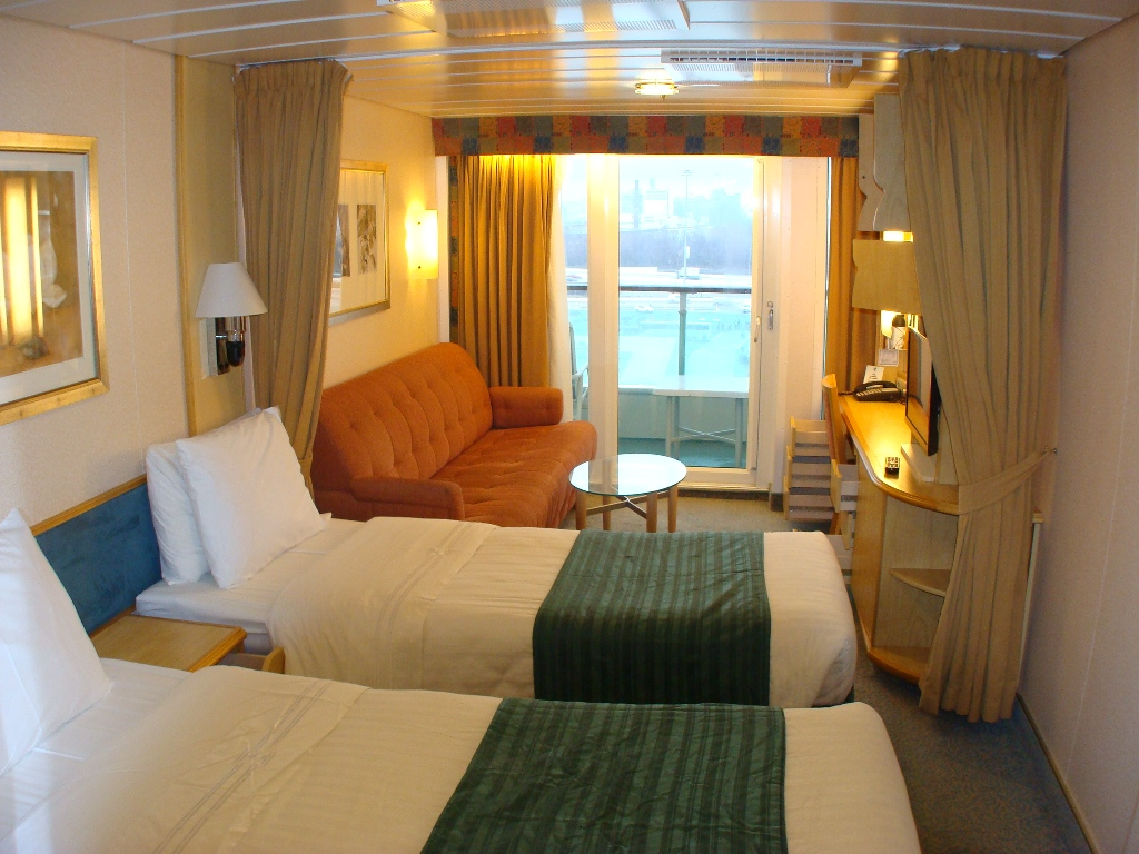 """8582 D2 Balcony Cabin in New """"Stretch"""" Section"""