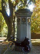 Maximilian II. - Denkmal