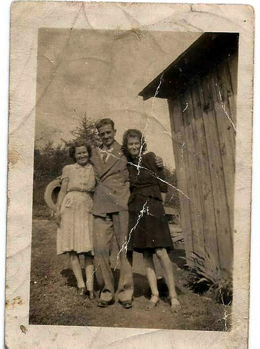 Mom, Uncle Thomas and Aunt Evelyn
