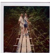ERay-Billy-Swinging Bridge