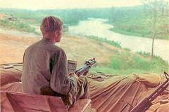 ERay-DAK TO 1969 - On Guard Duty