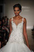 Allure Bridals F17 0190