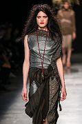 Andreas-Kronthaler-for-Vivienne-Westwood PAR SS17 036